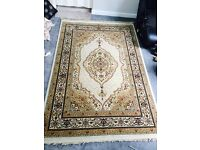 Traditional style thick luxry rug