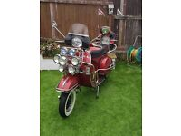 W Reg Vespa PX125 readvertised due to time wasters and reduced from £2000 for quick sale