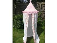 Girls play tent / bed canopy cath kidston