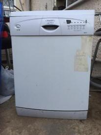 Hotpoint Dish Washer in good condition