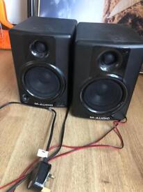 M-audio av40 monitors