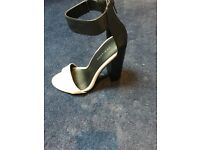 Sandals . New look size 3