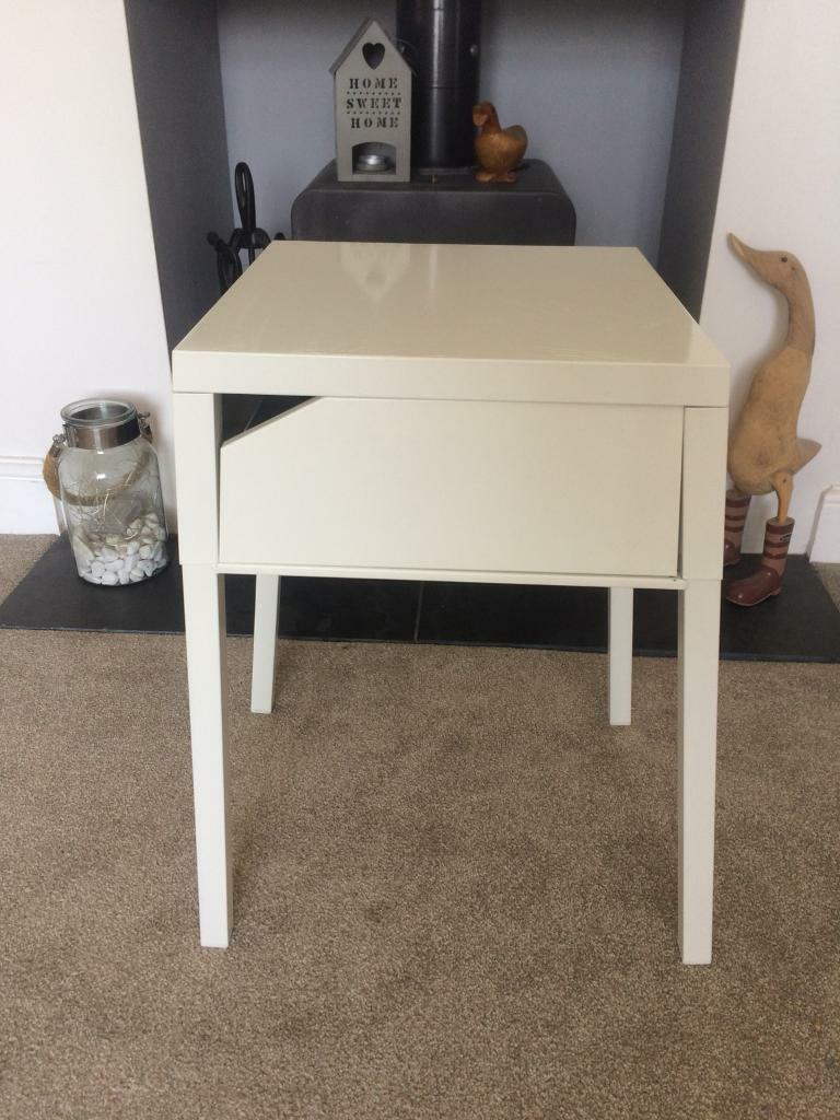 White Small Metal Bedside Table Ikea