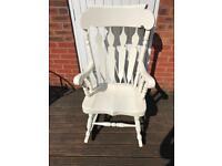 Solid wood rocking / nursing chair