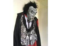 Halloween Vampire costume with mask