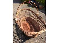 Wicker crib or Moses basket
