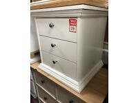 3 drawer bedside - metal handles - white matte