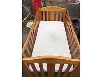 Baby cot bed for sale 25 pounds , mattress is free