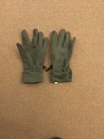 QUECHUA Oxylane TouchScreen Compatible Gloves, for outdoor use of a Mobile Phone. £3