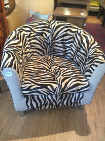 Tub chair - free local delivery feel free to view excellent condition and very comfortable.
