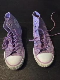 Girls converse size 11.5 brand new without tags £15