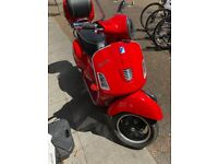 Lovely Vespa GTS 300 Super