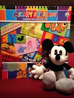 DISNEY MICKEY & FRIENDS Deluxe Scrapbook Kit