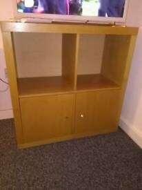 CUBE STORAGE UNIT WITH CUPBOARDS UNDERNEATH
