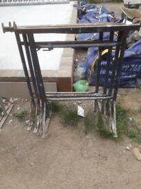 4 Bandstands