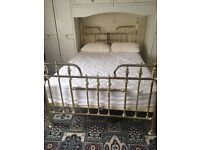 Bed Base Double - Metallic Gold
