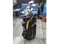 **** TAYLOR MADE GOLF BAG + FULL SET OF CLUBS ****