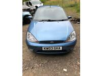 Ford Focus ghia 1.6 03 breaking parts spares