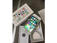Apple iphone 5s Unlocked to all network excellent condition
