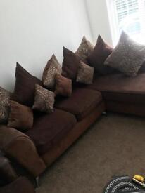 Corner settee & chair