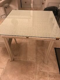 Lloyd Loom of Spalding Table