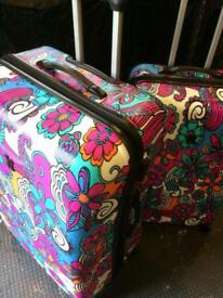 Mint Condition Large Luggage Set