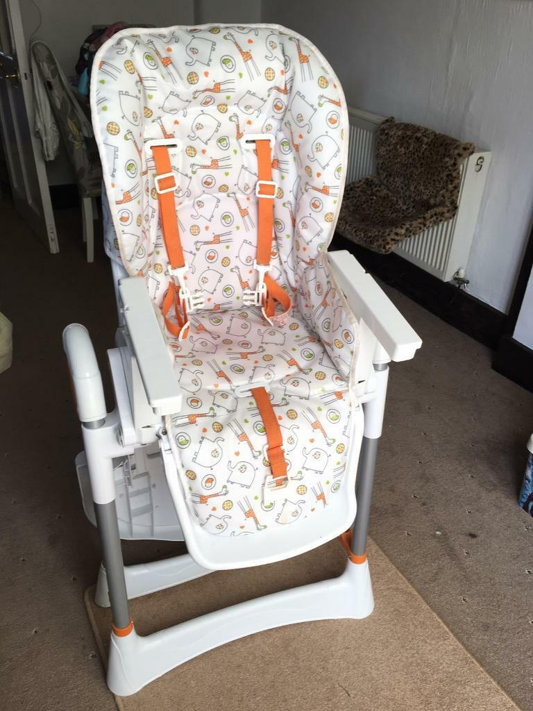Red kite highchair