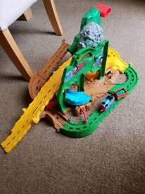 Thomas take and play jungle quest