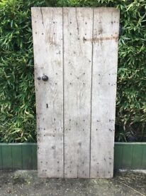 ANTIQUE RECLAIMED OAK WOODEN DOOR/GATE VERY HEAVY
