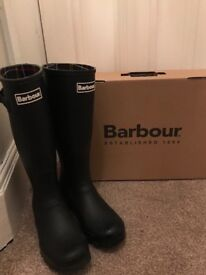 NEARLY NEW, MENS BARBOUR WELLYS