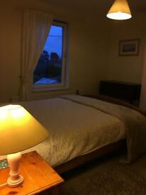 Light king sized room, all bills Inc