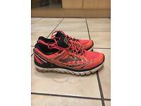 Brooks running trainers
