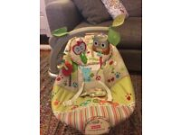 Fisher Price Woodsy Friends vibrating bouncy chair GREAT CONDITION