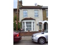 Lovely 5 bedroom house with 2 bathrooms and private garden mins from Dollis Hill station