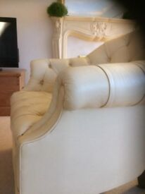 Beautiful leather chair in excellent condition.