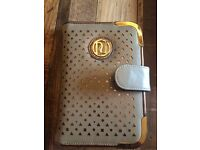 River Island beige and gold kindle case, good condition