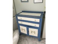 Lovely bespoke chest of drawers / sideboard / dresser