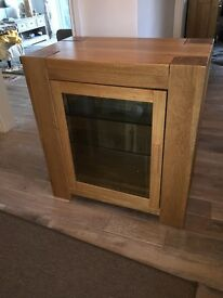 Solid oak Hi-fi/sky box Cabinet