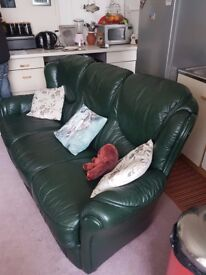 ITALIAN LEATHER 3 SEATER COUCH SOFA GRTEEN
