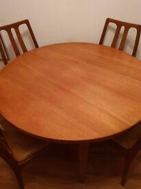 Extending Vintage Mid Century Teak Table & 4 Chairs