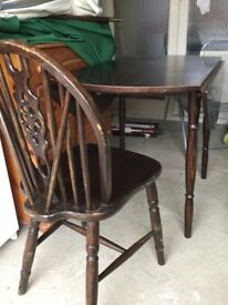 Extending table and 2 chairs