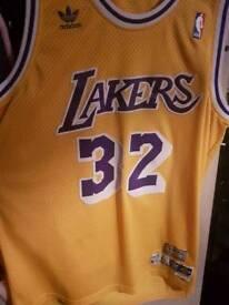 Large american lakers basketball top