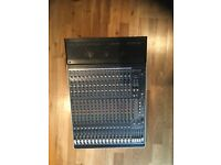 Mackie Onyx 1640i 16 Channel FireWire Mixer (Analogue/Digital) Great condition!