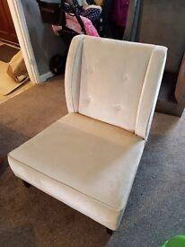 Kelly hoppen chair ( the kelly chair )