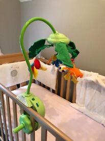 Fisher-Price Rainforest Peek-a-boo Baby Mobile RRP £54.99