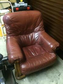 2x GENUINE BURGUNDY LEATHER - Excellent condition