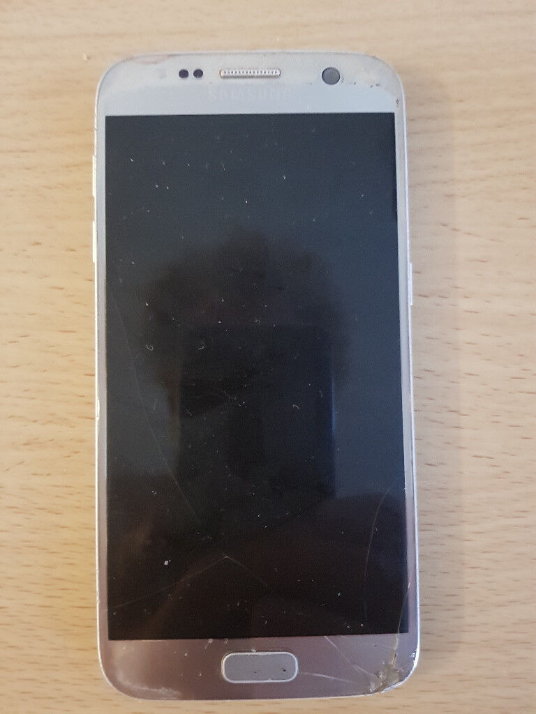 Samsung Galaxy S7, cracked front and back, rooted, optimised.