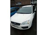 Ford Focus Estate long MOT **** £400