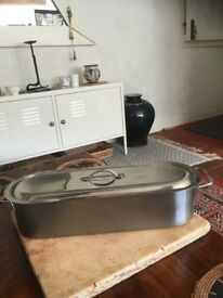 Fish Kettle With Inset Steamer Tray.