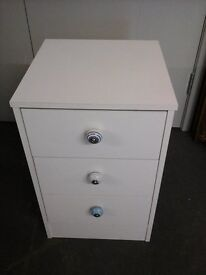 One bedside chest of 3 drawers with nice ceramic blue knobs